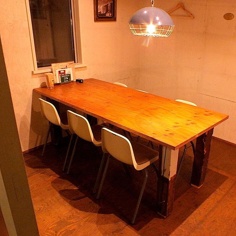 2階テーブル