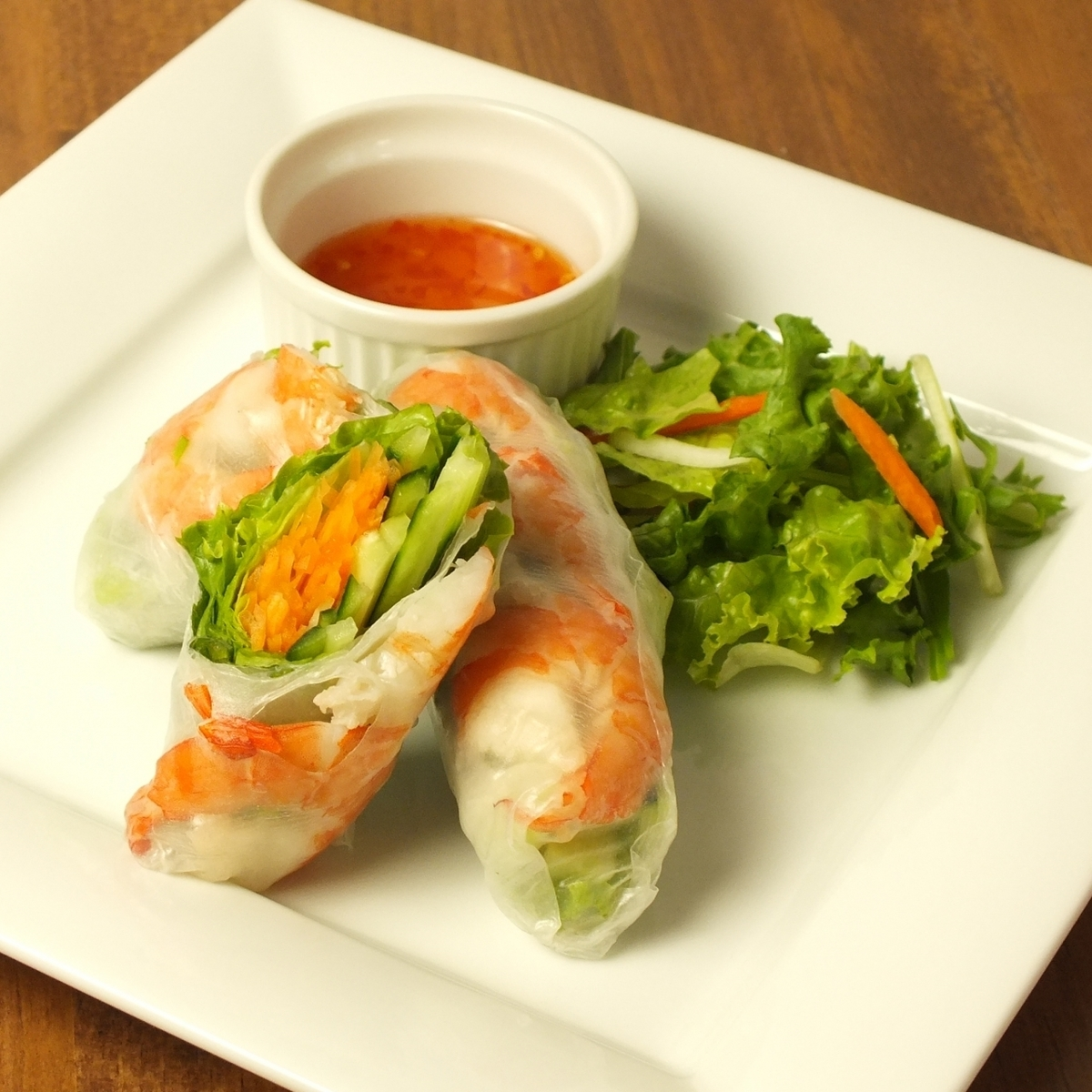 Go kung (Raw spring roll)