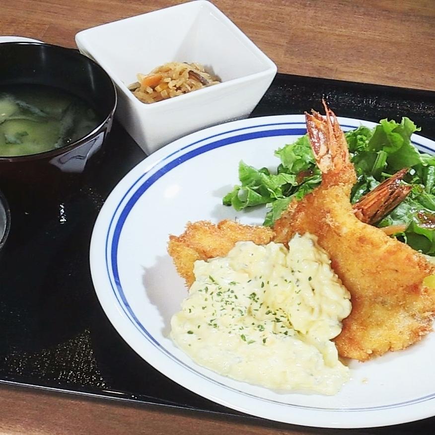 Shrimp fly lunch
