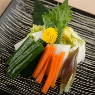 Pickles platter of Kyushu Achara sweet and sour