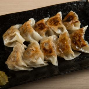 Hakata specialty homemade bite dumplings