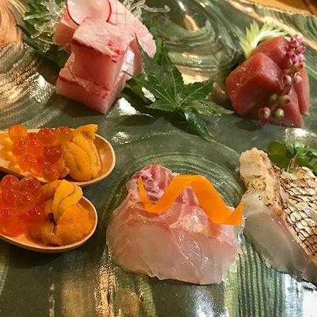 什錦生魚片2份