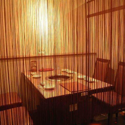 Recommended space for the couple ♪ The image of the yakiniku restaurant will change!? It is a adult hideout place where you can enjoy your meals and talks slowly without worrying about surrounding ♪ to the fine meat inside a neat and fashionable store ♪