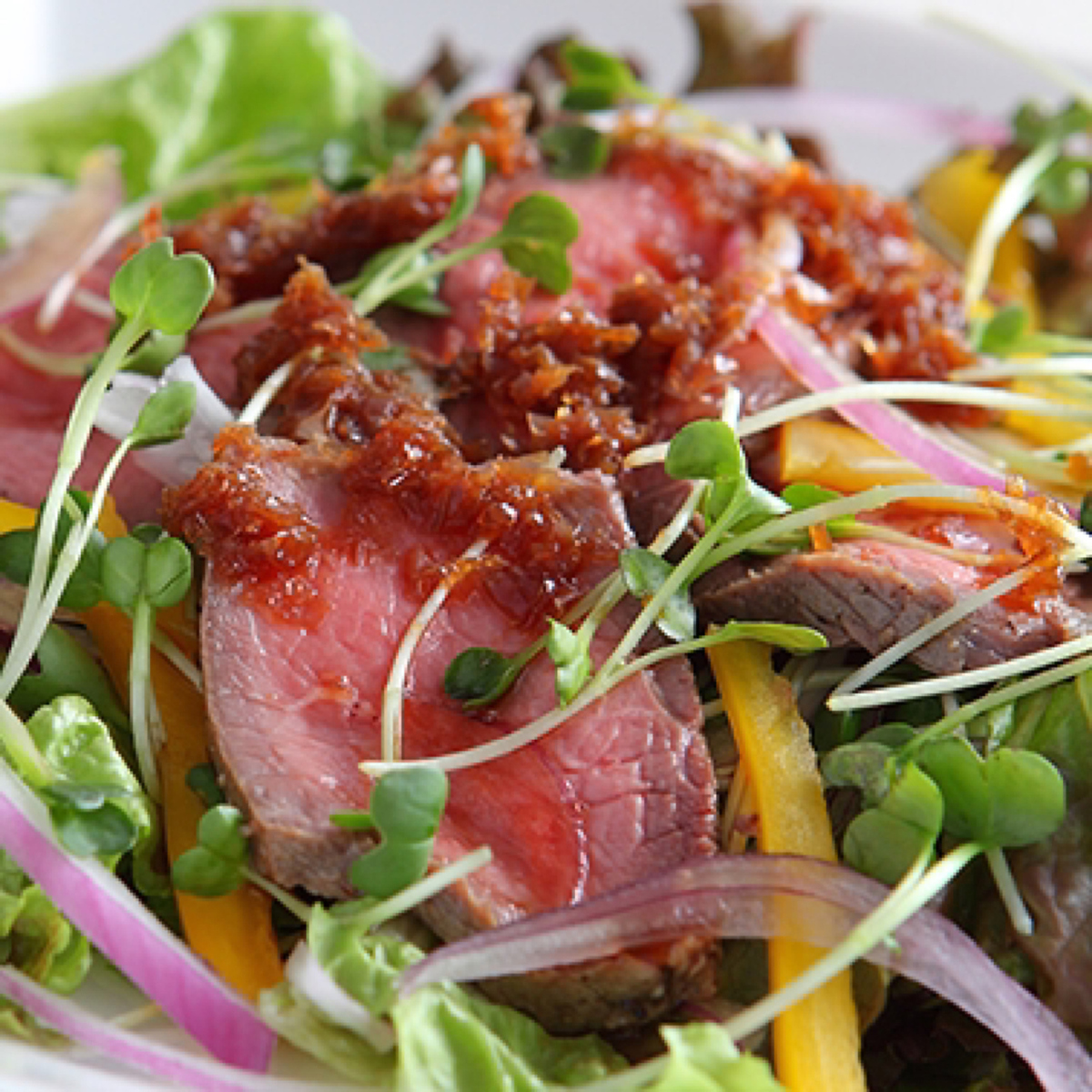 Japanese style salad with roast beef