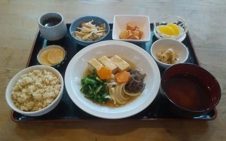 焼豆腐と野菜の寄せ煮