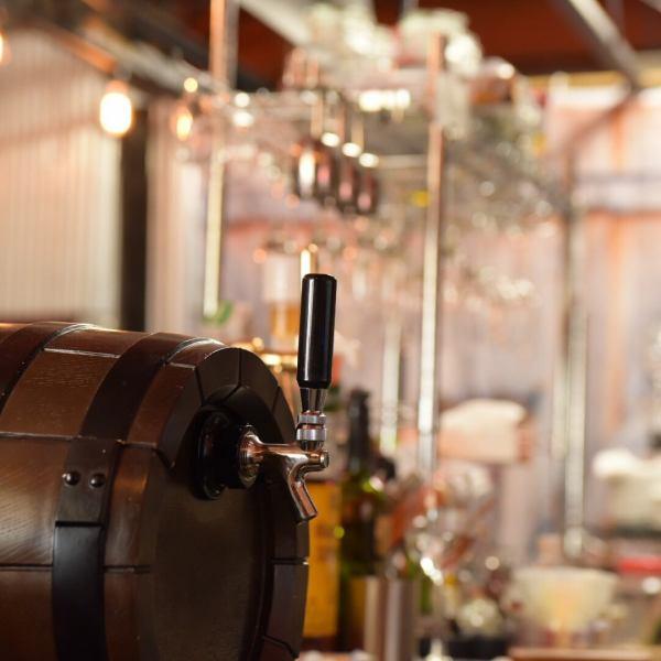 【直接从意大利进口的起泡葡萄酒】意大利因为我们直接从威尼斯附近的Montelvin(Montelvini)酒庄进口不锈钢桶,所以我们不会接触空气或光线并长时间保持新鲜。信托酒庄在意大利拥有80万桶的销售额。您可以尽情享用新鲜美酒,直至最后一滴。