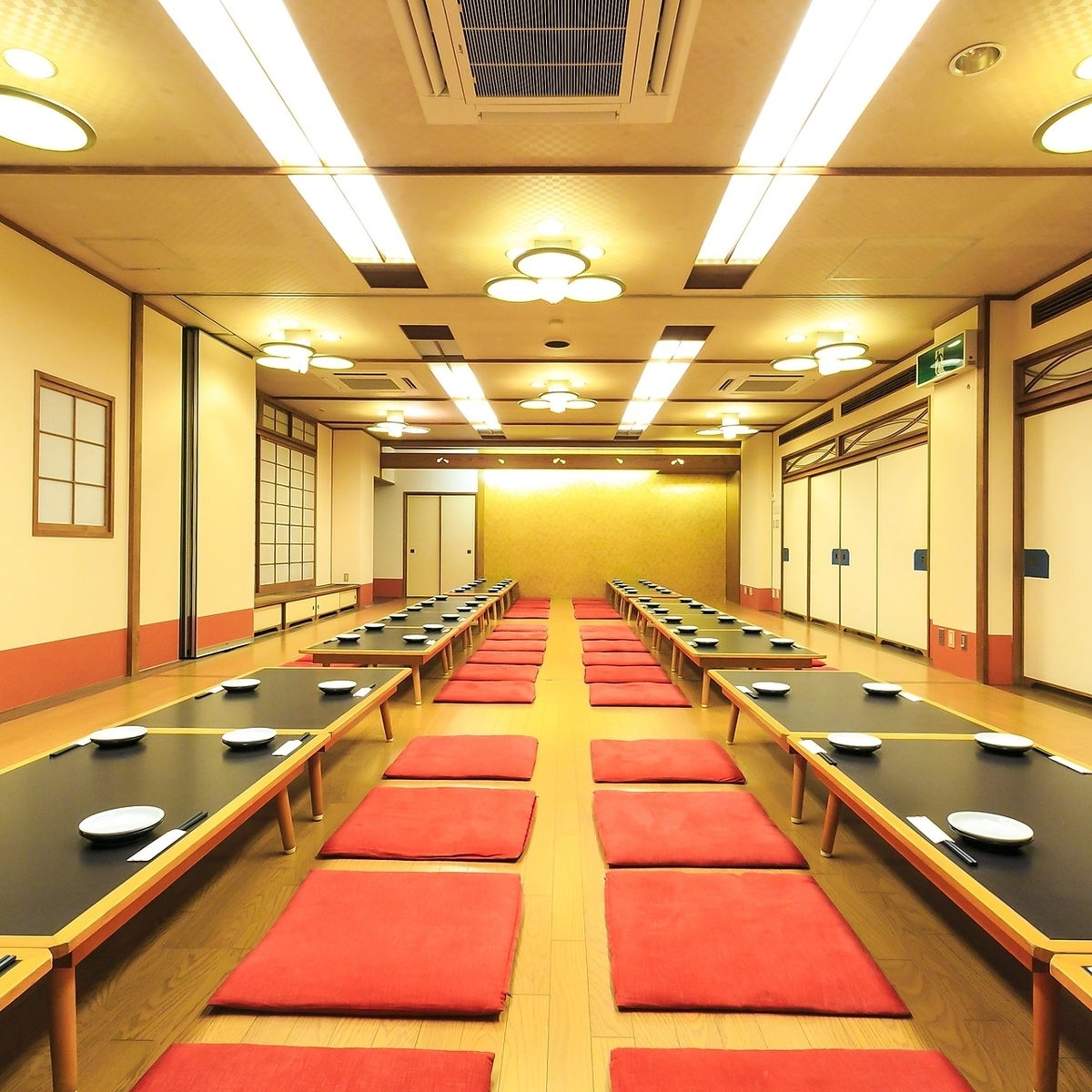 [4th floor] Floor charter can accommodate up to 170 people ◎