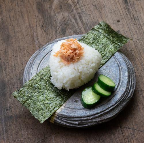 おにぎり 肉味噌or鮭or塩