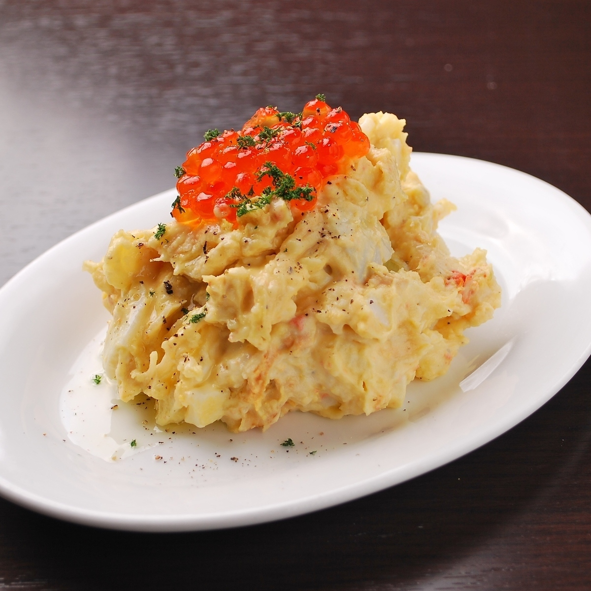Ikura and scallops with potato salad