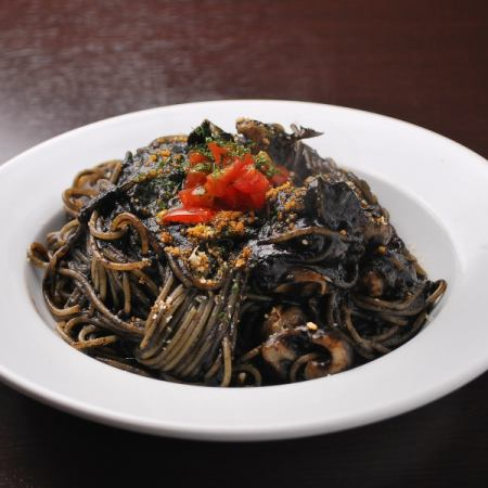 Pasta of squid ink