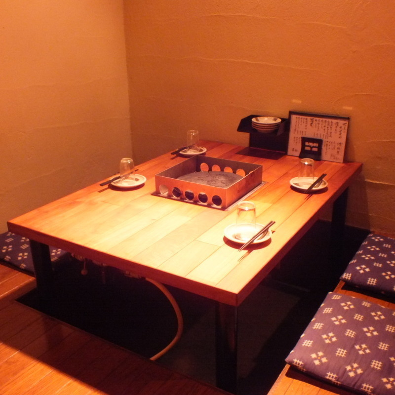 2~4名様でご利用頂けるテーブル席。