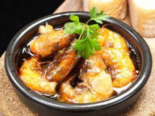 殻ごと食べられる海老のチリージョ