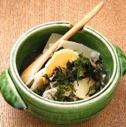"""可以說是""""古門""""的象徵的招牌菜,繼續提供西麻布[Chi Steamed]獨有的美味"""