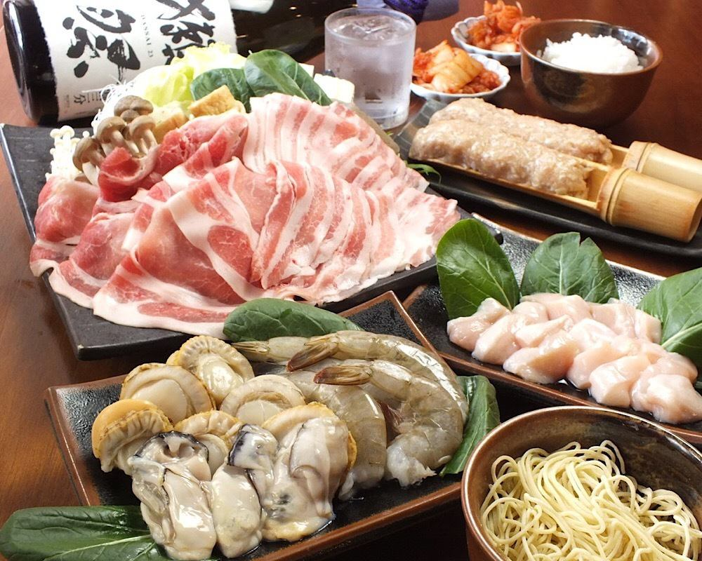 Tokushima prefecture brand pork and enjoy delicious shabushabu! All you can eat drinks All you can eat up to 90 people OK ★ You can play DVD with projector · microphone equipped