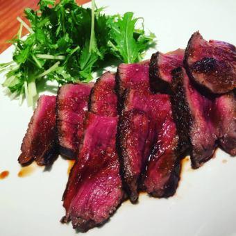 和牛赤身肉のステーキ