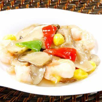 海老とポルチーニ茸の炒め