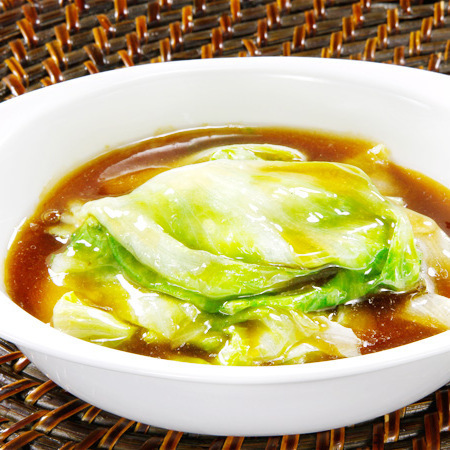 Stir-fried lettuce with oyster sauce