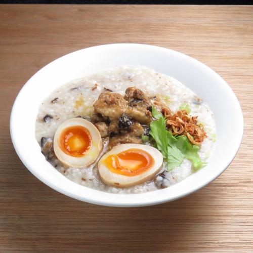 魯肉粥(豚バラ+煮卵)