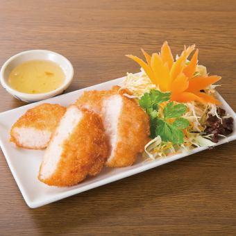 태국 식 생선 튀김