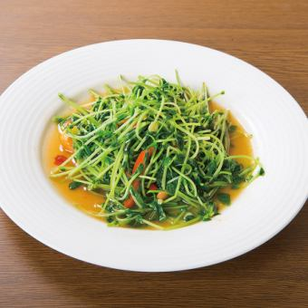 Stir-fried pea sprout
