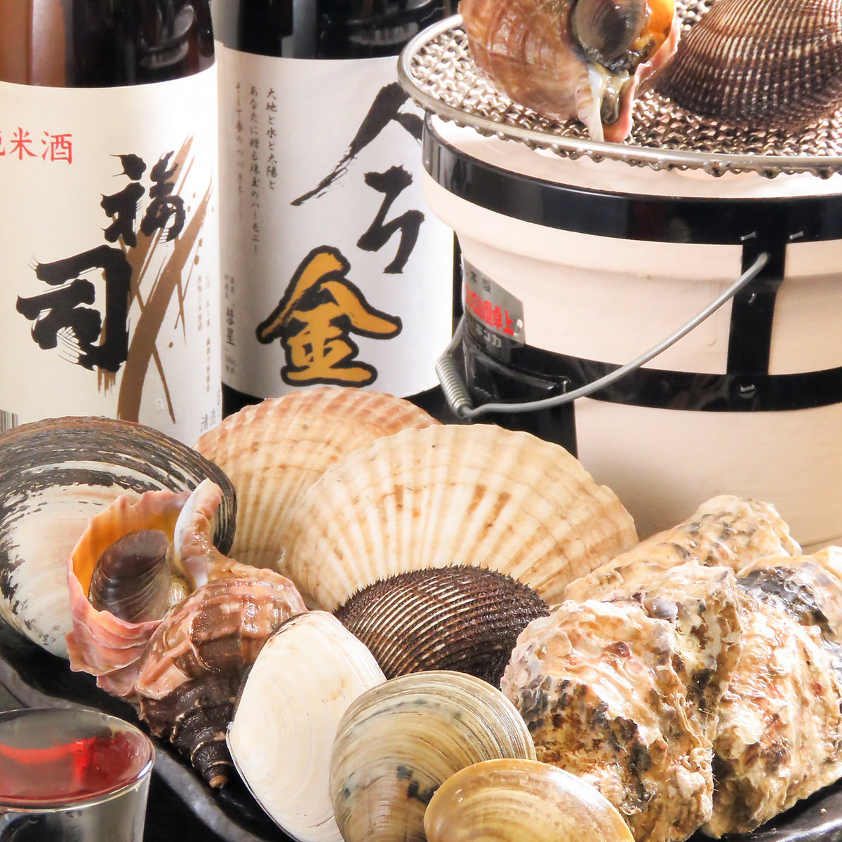 Fortunately enjoying the fresh seafoods offered on that day in Taichi!