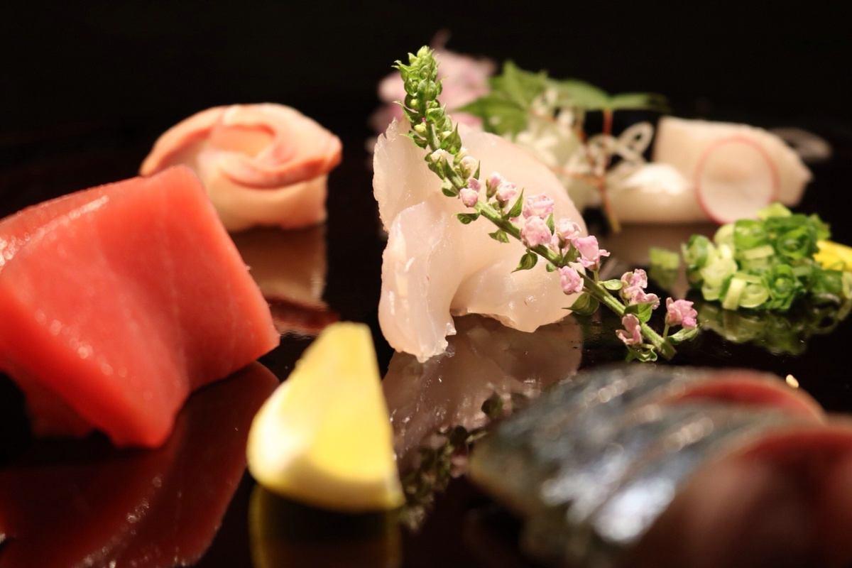 魚誰鮮味已經凝結由冰冷長期老化。所不同的是不請確保您的生魚片第一!
