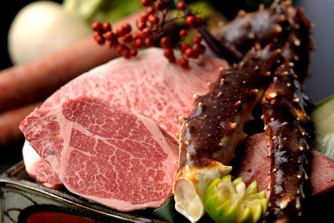 Taste the seasonal taste and the finest Hida beef ... Setsugekka Oono head office.
