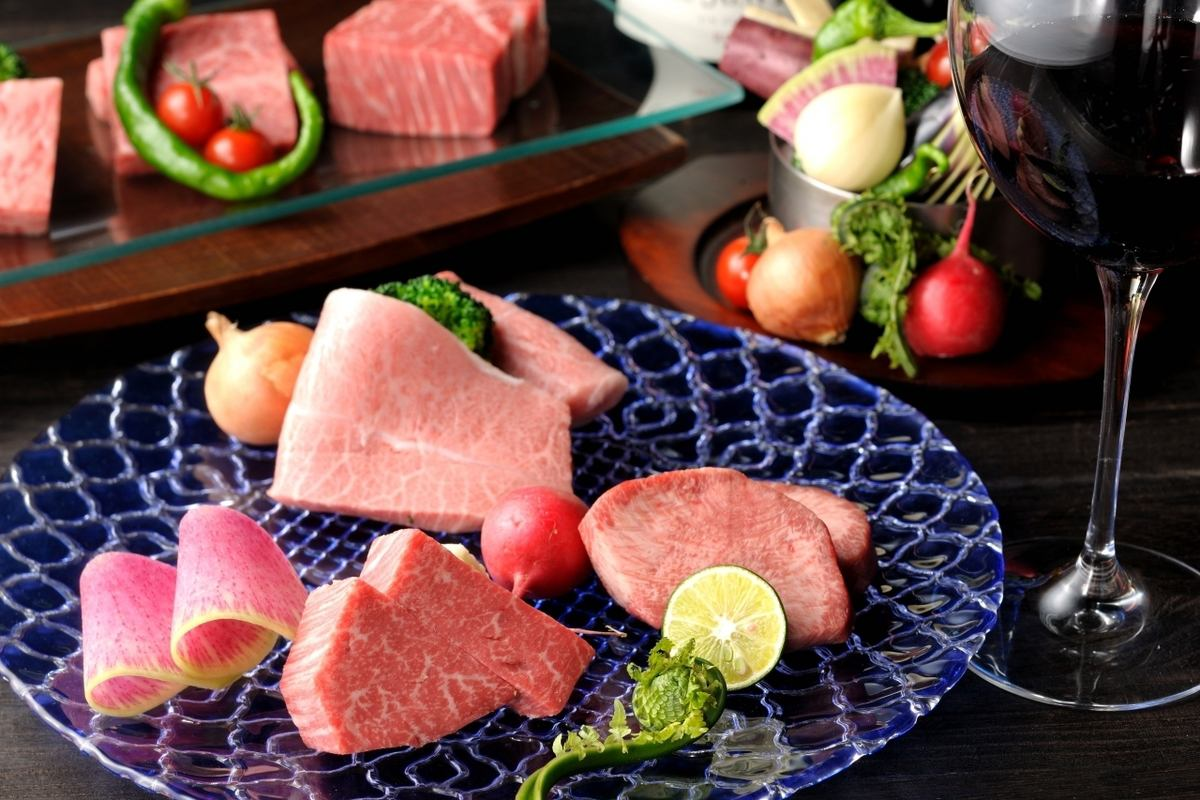The finest of Hida beef can enjoy Gifu long-established, Setsugekka Ohno head office.