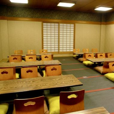 Unlike the first floor, the second floor is a banquet hall on the 3rd floor and it has a full-fledged Japanese atmosphere.Maximum 40 people