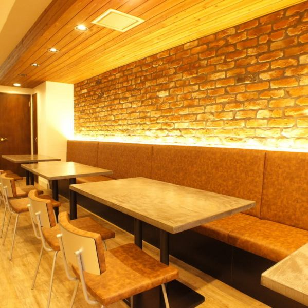 """[NEWOPEN!] In the space a 3-minute walk from the south exit of Hiratsuka Station! Is """"meat Bal MARCO"""" in a quiet residential area a warm while July 21 NEWOPEN !! stylish, you can enjoy a selection of wine and exciting meat dishes ♪ we are sincerely look forward to your visit of everyone!"""