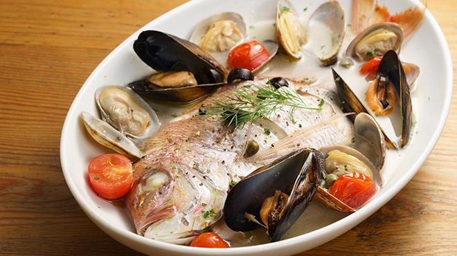 季節魚のアクアパッツァ