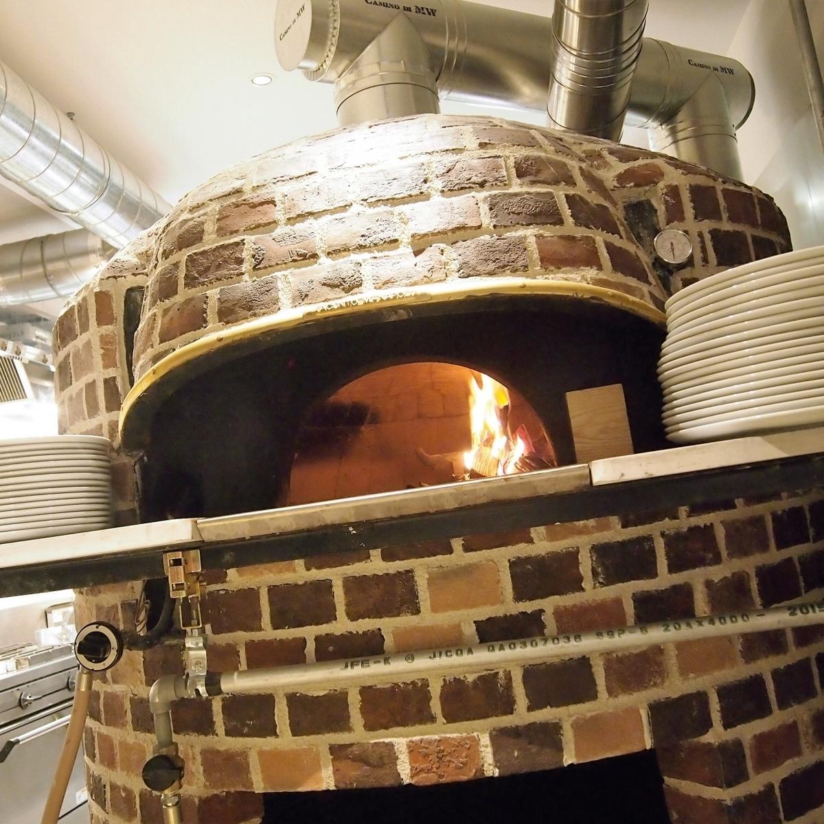 이탈리아의 돌 가마에서 굽는 피자 ☆