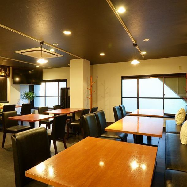 For private bargaining, please contact us!You can overlook the streets of Nagoya Station from the large open windows.