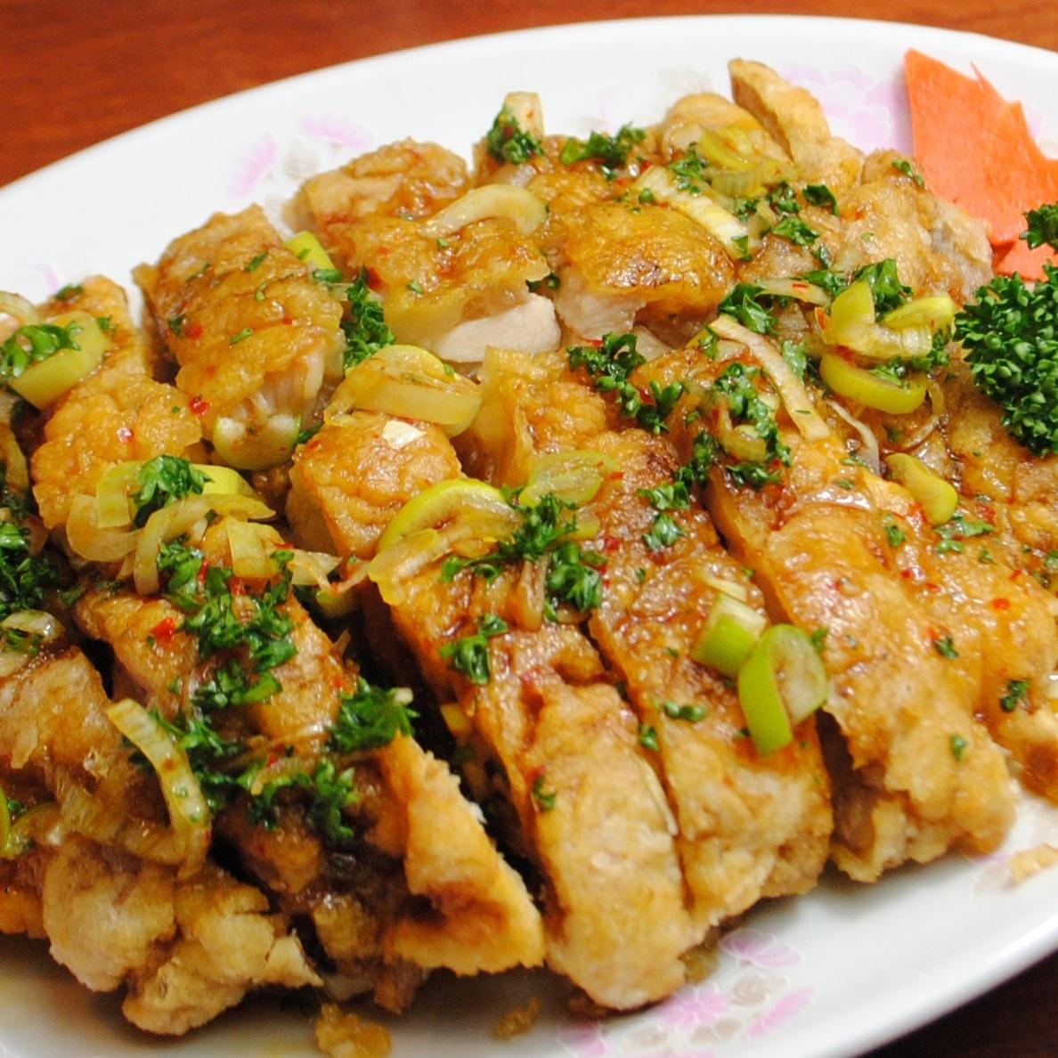ユーリンジー(油淋鶏)/鶏肉の香味揚げの唐辛子炒め
