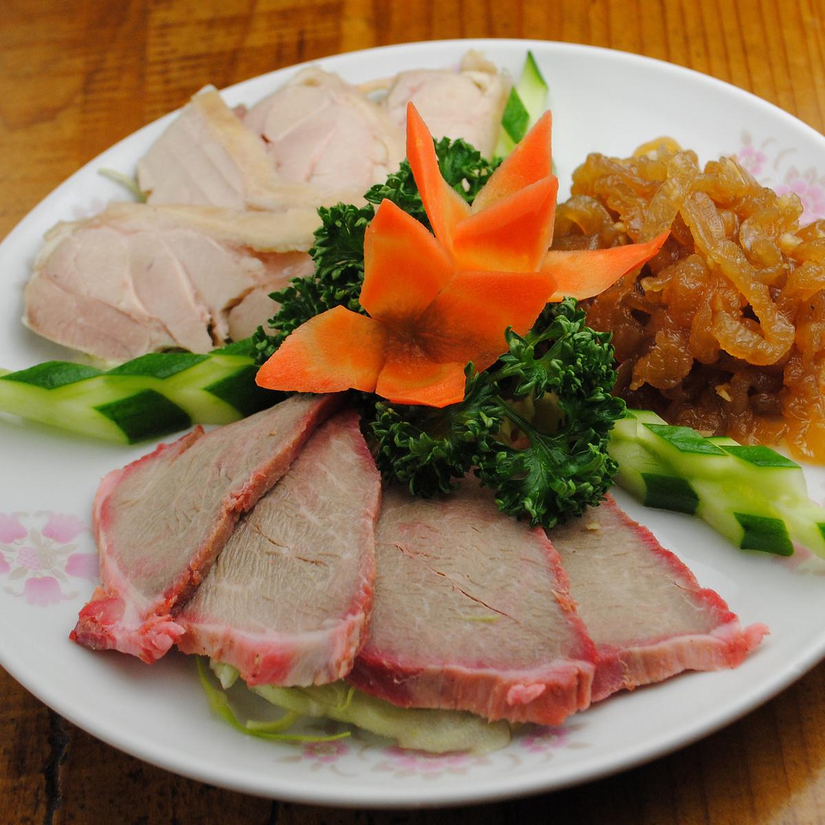 中華冷菜三種盛り合せ/ピータン豆腐