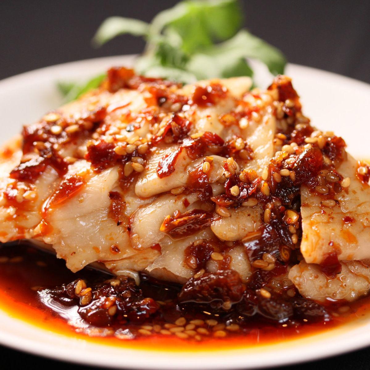 口水鶏 (よだれ鶏)/ピータンの特製ソース
