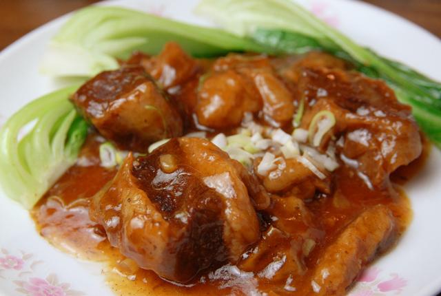 紅燒牛肉烤醬油/北京烤鴨(1/4 /半羽1/2 <8張>)