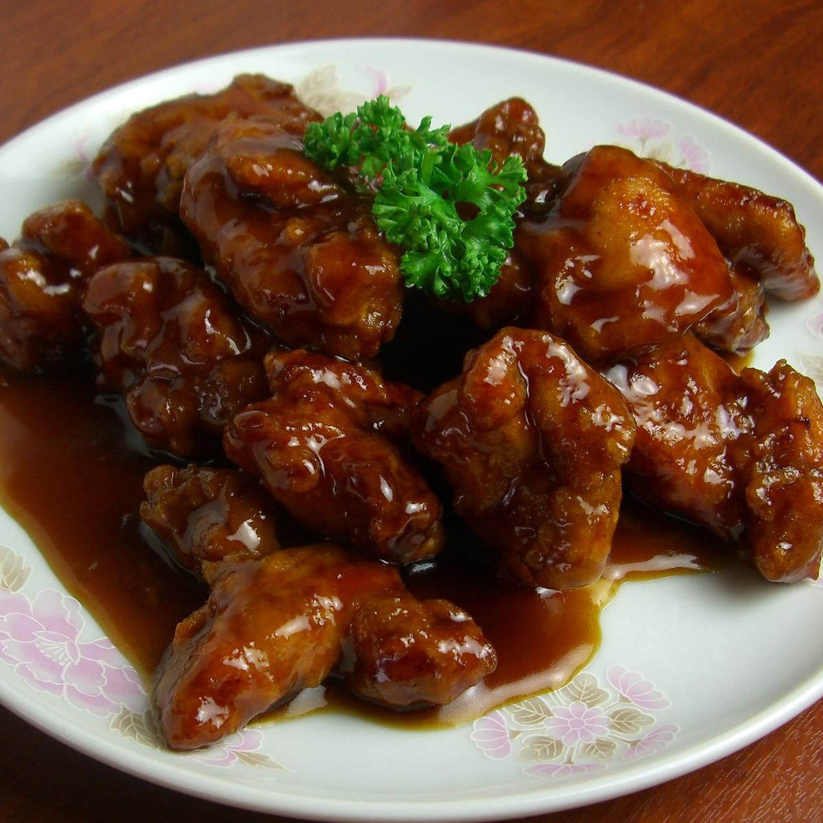 鶏肉の黒酢ソース/豚肉とピーマンの炒め