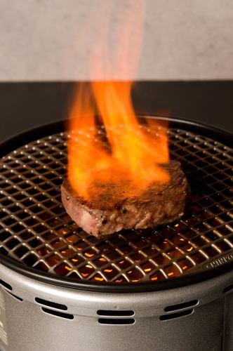 【当店1番人気コース!】名物 痛風丼に目の前フランベ塊肉もついてくる♪6000円コース☆