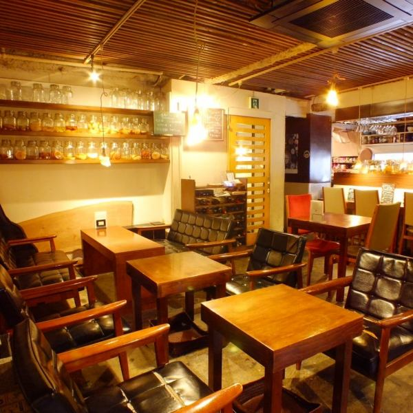 Store the seats comfortable sofa.You can enjoy a relaxing time in a calm-store feel the warmth.While drinking sake of homemade fruit vinegar, is try to spend their own way of time.There is also a coupon for a limited time ☆ charter, such as farewell Mukaekai also There is a large welcome ♪