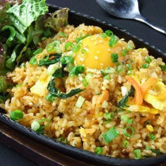 Hot ribbon bibimbap Fried rice