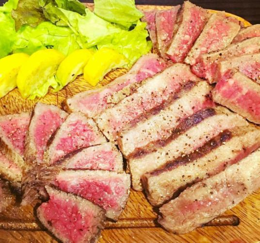 Aged meat experience course 3000 yen ◆ Eat comparison of 3 kinds of Wagyu beef ★ Waki ​​beef sirloin special sukiyaki ♪ All 5 items
