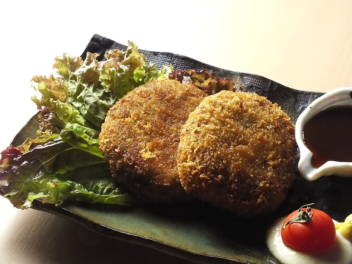 Men's cutlet of Ishigaki beef