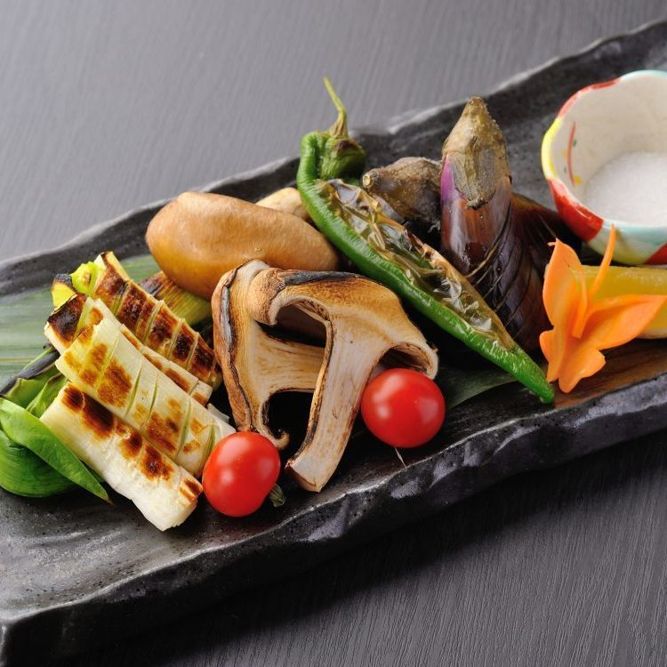 Morning pastry Assorted grilled vegetables / Handmade large oversized Sendai bamboo charcoal grill