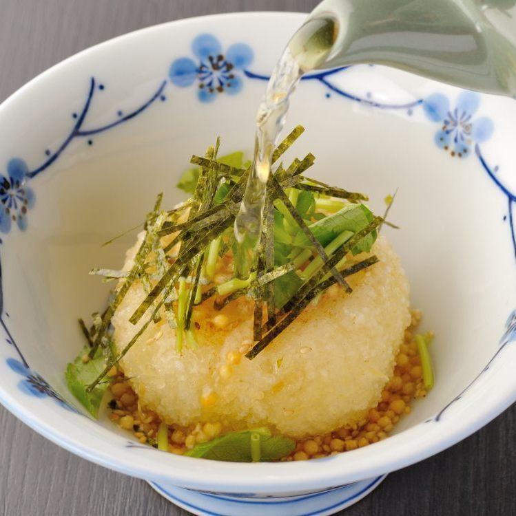 烤牛肉雞/炒飯豆茶茶