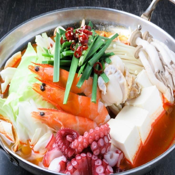 海鮮チゲ鍋・豚チゲ鍋