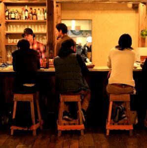 ●【 喫煙場所】● テーブル席は禁煙の為、おタバコはカウンター、カウンター隣の喫煙場所でお願いします!アイコスはテーブル席でも大丈夫デス!柏でランチやお誕生日パーティー!結婚式二次会、貸切の際もご利用ください♪