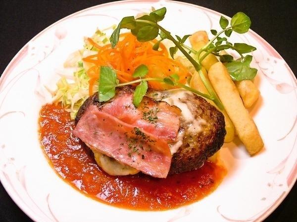 Bacon cheese hamburg steak