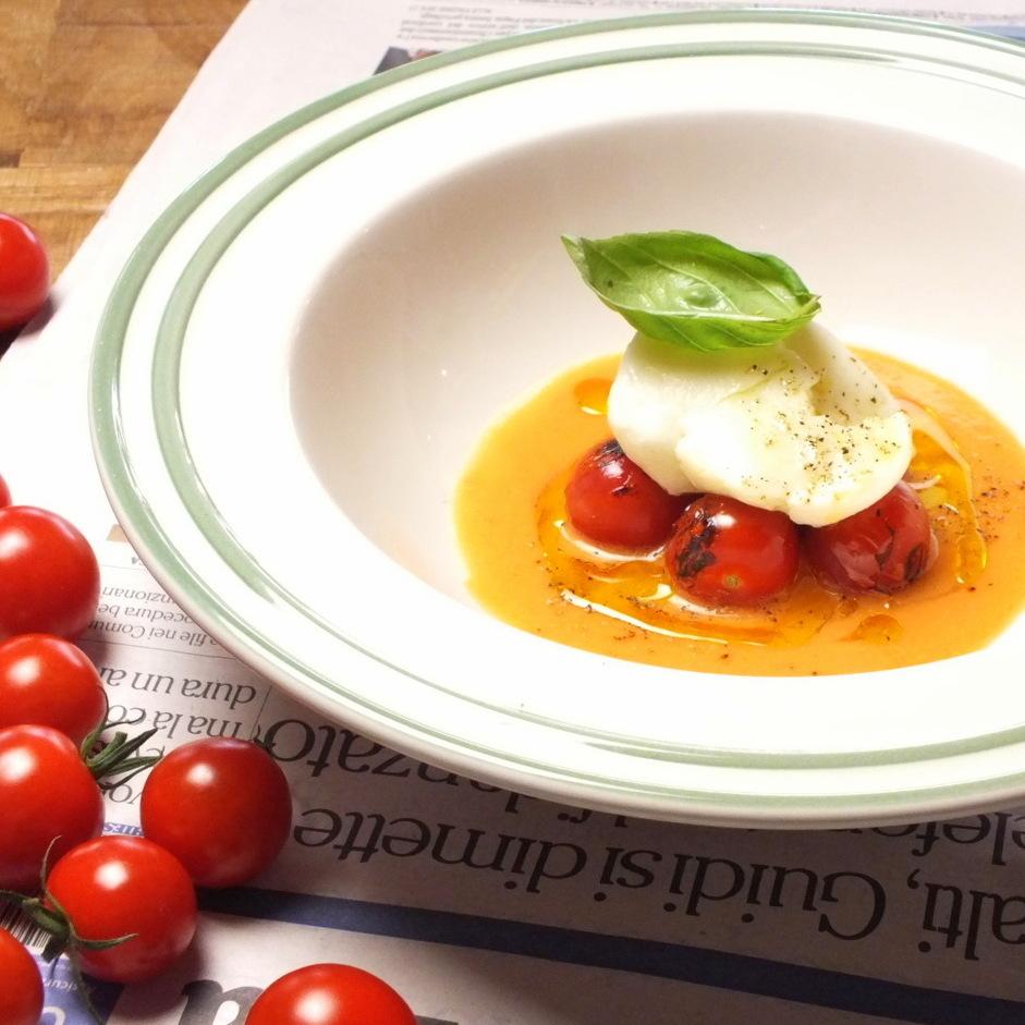 自家製IKARIYA水牛モッツァレラと上賀茂トマト
