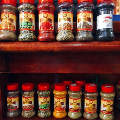 厳選した素材とスパイスを使い、本場の味を日本人の舌に合うよう調理しているのがお店のこだわり。